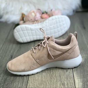 decfafe34444a Nike Shoes - Nike Roshe One PRM Mtlc Red Bronze W AUTHENTIC